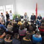 Lindita Nikolla në Gjirokastër, takime më nxënësit për Maturën Shtetërore (FOTO)