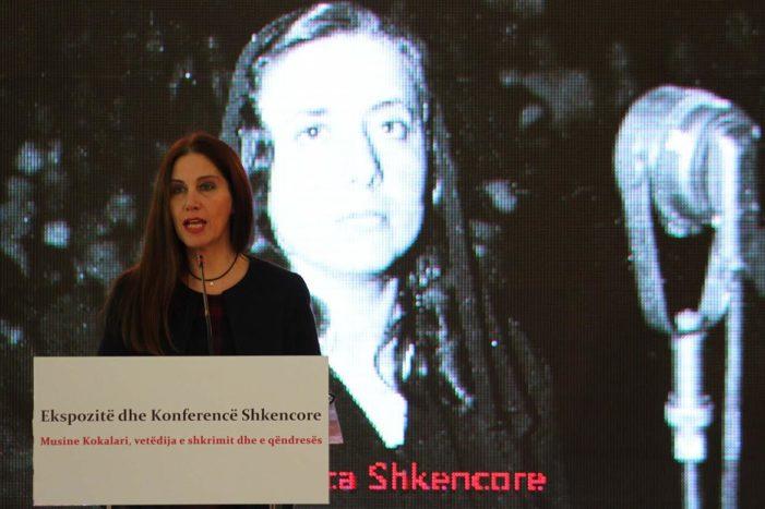 Përkujtohet 100 vjetori i Musine Kokalarit, ministrja Kumbaro: Restaurojmë shtëpinë e saj të lindjes në Gjirokastër