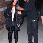 Kanye harron Kimin sot, ajo merr dhuratë nga…