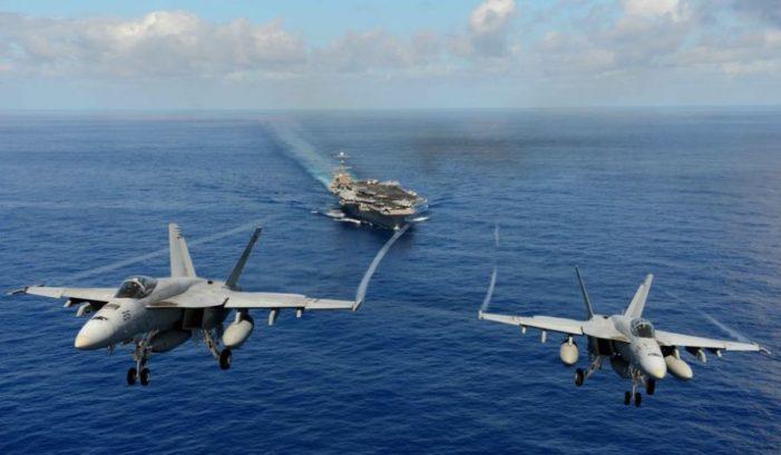 Tension në det: 4 avionë ushtarakë rusë 'kërcënojnë' luftanijen amerikane