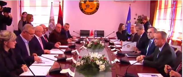 Gjirokastër-Janinë, tjetër marrëveshje mes dy universiteteve, por… s'ka studentë