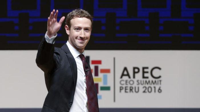 Themeluesi i Facebook nën presion për t'u larguar nga rrjeti social