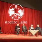 Moikom Zeqo tërhiqet nga kritikat, vlerëson punën e Mirela Kumbaros në Gjirokastër