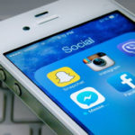 Studimi amerikan: Mediat sociale thellojnë vetminë