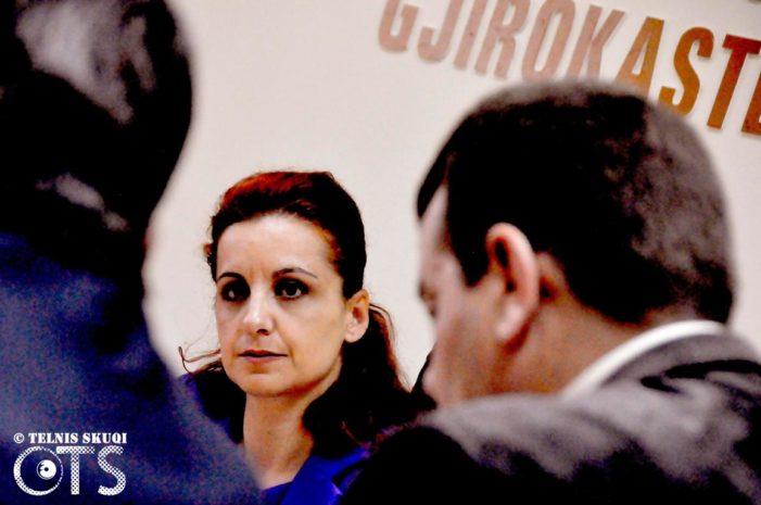 E papritur/ Jep dorëheqjen Zamira Rami, Gjirokastra shkon në zgjedhje