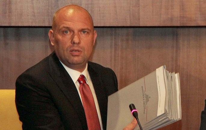 Ish-ministri i Drejtësisë flet për ekzekutimin mafioz në Memaliaj: Forca e ligjit të vret më snajper. Pushta pakufij!