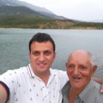 40 vjet në punë si kujdestar i liqenit, e shkarkon Vangjel Tavo sepse nuk shkoi në mitingun e LSI-së