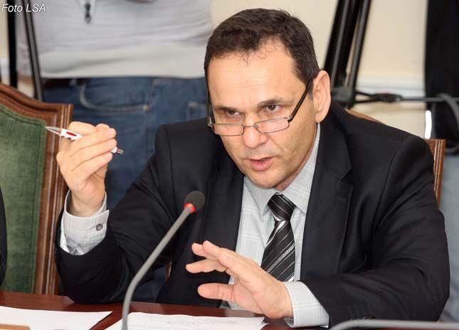 Ilir Rusmaili jep alarmin: Dyshime për PD. E pazakontë, kjo s'ka ndodhur kurrë më parë