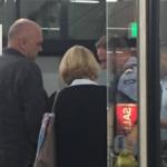 Rama ndalohet nga policia në aeroportin e Amsterdamit për verifikim?