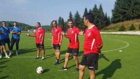 Prapaskenat në Gjirokastër/ Si i shkarkoi Tavo trajnerët uruguaianë të Luftëtarit
