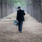 """Letra që po """"thyen"""" rrjetin: Lamtumirë Shqipëri, Amerika po më pret…"""