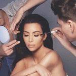 "Kim Kardashian topless për ""Vogue Mexico"""