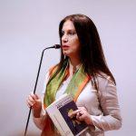 Kumbaro për Fatos Arapin: Sinonim shqiptar i poetit. La pas kryeveprën e botës, poezinë