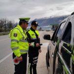 Gjirokastër, ndalohet një tregtar, policia i gjen furgonin plot me…