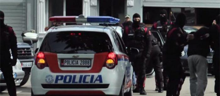 Këto janë familjet mafioze që sundojnë Shqipërinë
