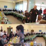Të moshuarit në azilin e Gjirokastrës, ana tjetër e vizitës së Zamira Ramit, Flamur Golemit e Mirela Kumbaros (FOTO)