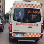 Aksident i rëndë, 11-vjeçari dërgohet me urgjencë drejt Tiranës
