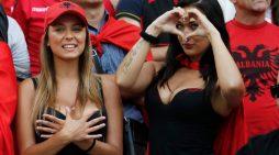 Tifozja kuq e zi: Preferoj të huajt, pasi djemtë shqiptarë janë zhgënjyes në lidhje (FOTO)