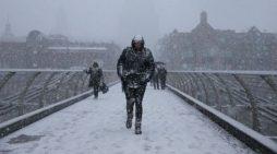 I ftohti siberian 'mbërthen' Europën, 40 persona të vdekur
