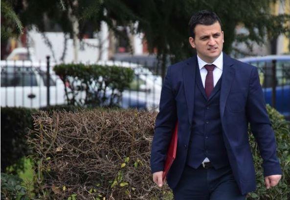 Lëvizje e papritur, deputeti i Gjirokastrës dorëzon mandatin, Flamur Golemi shpjegon vendimin përmes një letre publike