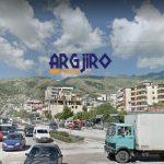 Gjirokastër, një person tenton t'i japë fund jetës te 'Ura e Lumit'