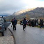 Po kalonin klandestinët e huaj në Greqi, si u kapën nga policia dy trafikantët në Gjirokastër