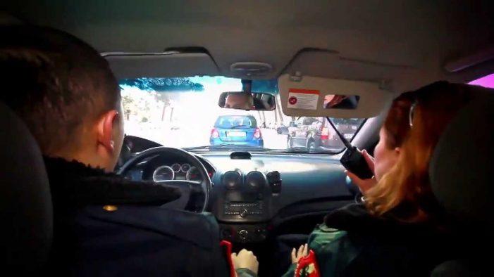 Arrestohet 20-vjeçari nga Gjirokastra. Rrahu një burrë dhe kundërshtoi me dhunë policinë (Emri)