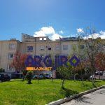Pamje të rënda nga spitali i Gjirokastrës, shihni gruan e masakruar me sqepar nga burri: Kam frikë se ai do më vrasë fare… (FOTO)