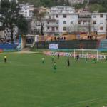 Humbja në Gjirokastër, shihni si tallen tifozët e Lushnjes me ekipin e tyre (FOTO)