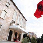 Djegia e mandateve të opozitës, ambasadorët i shkojnë Ramës në zyrë