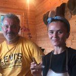 Njihuni me Elonën dhe burrin e saj francez, çifti që surprizoi Ramën gjatë vizitës në qarkun Gjirokastër