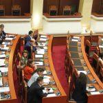 Vangjel Tavo drejt largimit nga LSI-ja? Shihni çfarë ndodhi sot në Kuvend (FOTO)