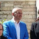 Incident në Gjirokastër, shihni çfarë ndodh me gruan që kërkon të takojë Ilir Metën (VIDEO)