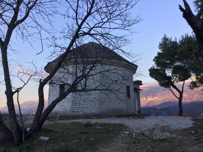 Qeveria shpërndan fondet për komunitetet fetare, 30 milionë lekë vijnë në Gjirokastër për…