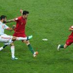 CR7 i papërmbajtshëm, Portugalia mund Spanjën në pjesën e parë