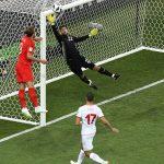 Spektakël në ndeshjen Angli-Tunizi, dy gola në pjesën e parë