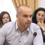 Gjirokastër, drejtori i Tatimeve ankohet te zv.ministri: Nuk mbledh dot taksën e atyre që japin dhomat me qira për turizëm