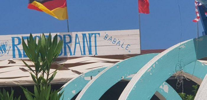 Mos e besoni po deshët! Në Vlorë hapet restorant 'Babalja' (FOTO)