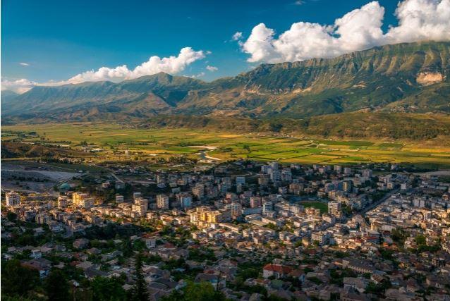 Në Gjirokastër s'ka më as leje ndërtimi, vetëm dy më shumë krahasuar me vitin e shkuar