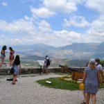 Lajme të mira nga turizmi/ Pas sezonit të suksesshëm, del anketa me të huajt: 93% do t'i rekomandojnë Shqipërinë miqve të tyre