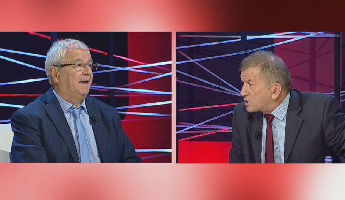 Plas sherri në emision live, Panajot Barka i thotë Ngjelës: Ti je me origjinë greke!