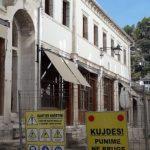 Nis investimi tjetër në Gjirokastër/ Pas çative dhe fasadave, është radha e kalldrëmeve