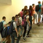 Shkollat në Gjirokastër, mësim me turne dhe mungesë investimesh