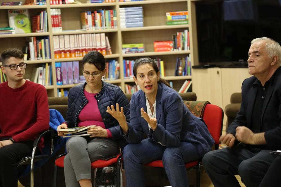 """""""Lëvizja Kombëtare për Lexim"""" nis nga Kukësi. Kumbaro : """"Nxisim Leximin në të gjithë Shqipërinë. I bëjmë një shërbim shumë të mirë vendit, të tashmes dhe të nesërmes"""""""