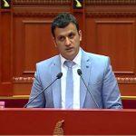 'Sherr' për syzet 3D mes deputetëve të Gjirokastrës, Golemi i përgjigjet sërish Tritan Shehut: Ke ikur në drejtim të paditur, dy herë dole bllof