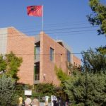 Shkarkohen dy diplomatë në Ambasadën Shqiptare në Athinë