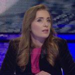 Gazetarja zbulon gënjeshtrën e Xhisielës: Le ta themi troç, ne e pamë kush e solli për intervistë dhe me kë iku