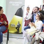 Lëvizja Kombëtare për Lexim ndalet në Tepelenë, Kumbaro: T'i kthejmë bibliotekat në mediumin më të rëndësishëm lokal (FOTO)
