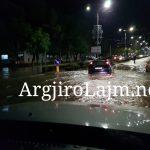 Në Gjirokastër bie alarmi nga përmbytjet, shihni çfarë ndodh te 'Ura e Lumit' (FOTO)