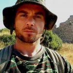 Çmenduria greke/ Ekstremistit Kacifas i ndërtojnë bust dhe një rruge i vendosin emrin e tij